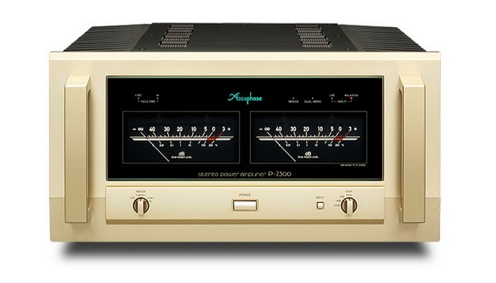 Accuphase Endstufe P-7300